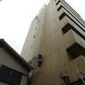 足場の組めない所の特殊な外壁補修